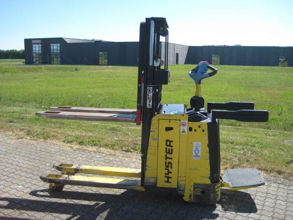 Hyster – P2.0SD – Stabler – 2×1000 kg / 600 mm lastcenter